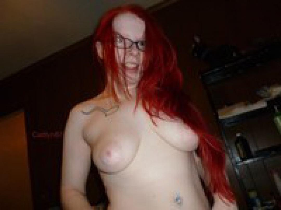 Red Caitlyn uit Groningen,Nederland